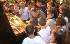 Philippe Cassard et les enfants